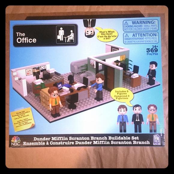 The Office Dunder Mifflin Scranton Buildable set